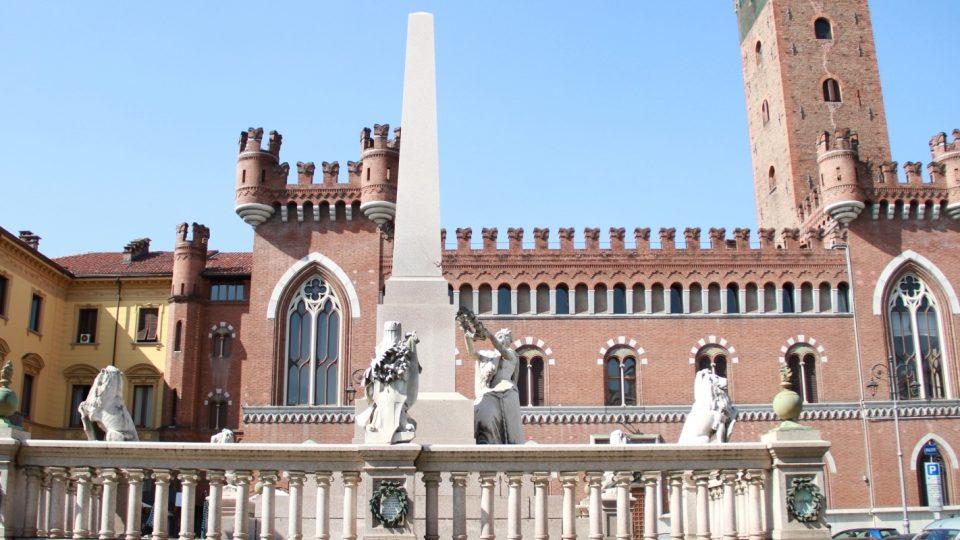 Monumento all'Unità d'Italia ad Asti